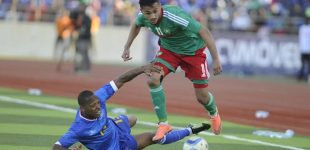 المغربي سفيان بوفال يتوج بجائزة أفضل لاعب أفريقي بفرنسا