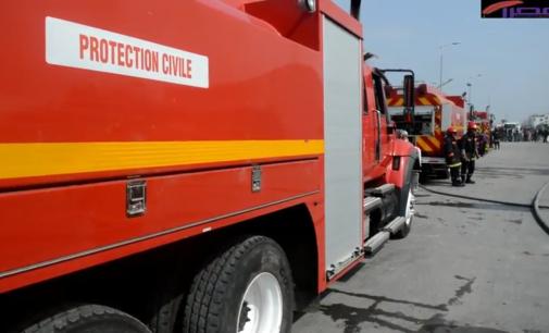 بالفيديو: العمل الجبار الذي قامت به السلطات خلال الحريق الذي اتى على مستودع الخشب