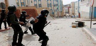 مقاطعة المساجد..مواجهات بالحجارة بين قوات الأمن ومحتجين بإمزورن