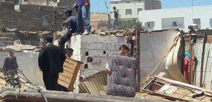 """السلطات تهدم """"براريك"""" أحد أقدم الأحياء الصفيحية بالبيضاء"""