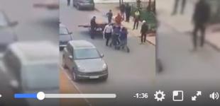 بالفيديو..هكذا قـام قائد بضرب بائع متجول بالبيضاء وفايسبوكيون يطالبون بعقوبة تأديبية في حقه
