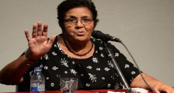 الناشطة الحقوقية عائشة الشنا تتصدق بميراث زوجها للجمعية