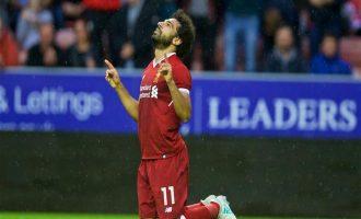 مشجع إنكليزي يدخل الإسلام بسبب أداء محمد صلاح مع ليفربول