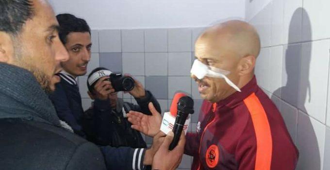 """مدرب نهضة بركان """"الجعواني"""" يتعرض لاعتداء شنيع في تونس"""