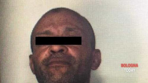 صورة مهاجر مغربي يقتل زوجته و يضرم النار في جسدها بإيطاليا !