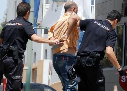 صورة اسبانيا .. زوجين مغربيين ينفدان عمليات قتل خطيرة بعد استدراج ضحاياهم الكترونيا !