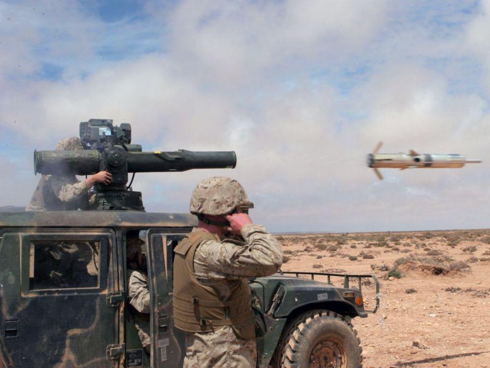 صورة الجيش يطلق الرصاص على سيارة مشبوهة إخترقت الجدار الدفاعي بمنطقة بئر كندوز