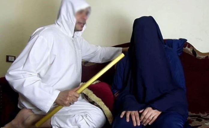 """صورة مرة أخرى.. وفاة متزوجة تعرضت للتعذيب خلال عرضها على """"راق شرعي"""" ضواحي أكادير"""