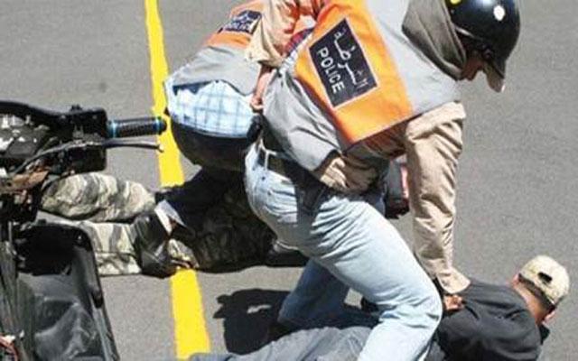 صورة اعتقال شاب صحراوي داخل فندق النكجير بمدينة العيون