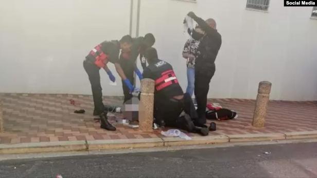 صورة نجل الداعية أحمد ديدات يتلقى رصاصة في الرأس بجنوب أفريقيا
