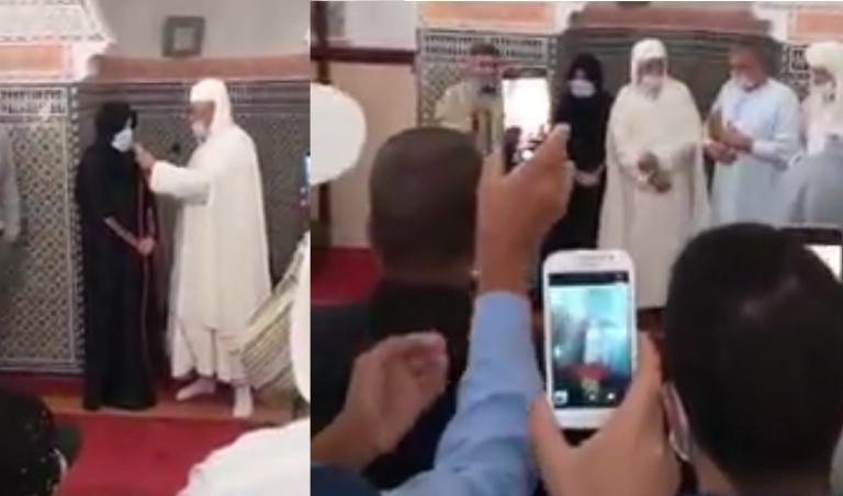 صورة الله أكبر .. سيدة فرنسية تعتنق الاسلام بأحد مساجد الجديدة